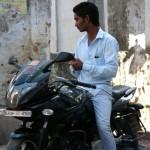 インドのバイクでネパールに入国する方法