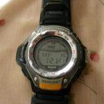 腕時計がとても臭い!なのでベルトを分解洗浄すると、悪臭の原因判明!