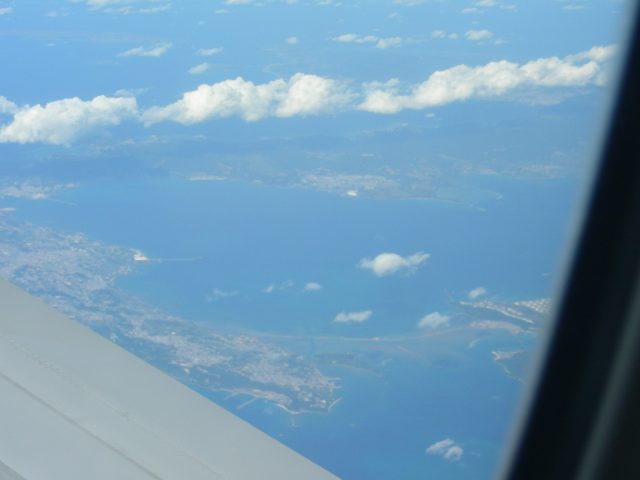 沖縄本島上空 海中道路