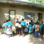 ウガンダの奥地・水も電気も無い日本人運営の学校の生活とは?