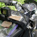 シンプル!アクションカメラのヘルメットとタンクバッグの取付け方