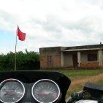 仰天!世界でいちばん奇妙で変な国境に行ってみた マラウイ・モザンビーク